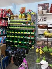 Howrah Nursery Garden Pots, tools and accessories (8)
